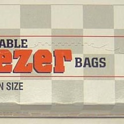 BAGS PLASTIC FREEZER QUALITY GALLONS RECLOSABLE 15 ct  (BRANDS VARY)